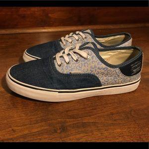 Womens Levis Denim Shoes size 9